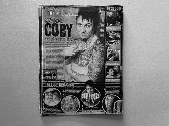 Artikel - BRAVO - Ausgabe - Juli 2005 - Papa Roach - Coby zeigt seine Tattoos
