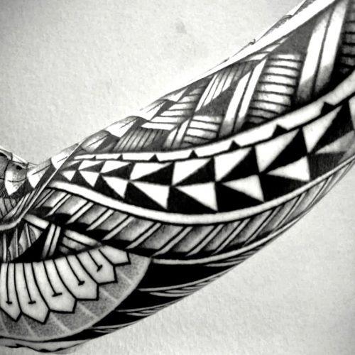 MaoriSleeveTriangles